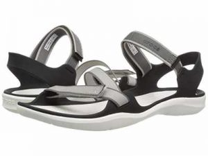 best sandals for walking on beach